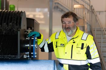 Operatør ved vannrenselanlegg